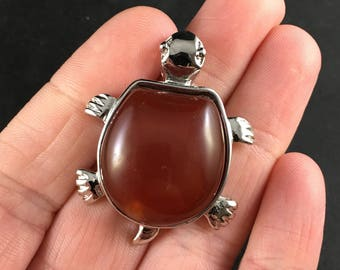 Adorable Carnelian Stone and Silver Tone Turtle Tortoise Pendant Necklace