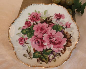 """Beautiful 8"""" Porcelain Wall Hanging Plate adorned with Pink Flowers and Gold Rim"""