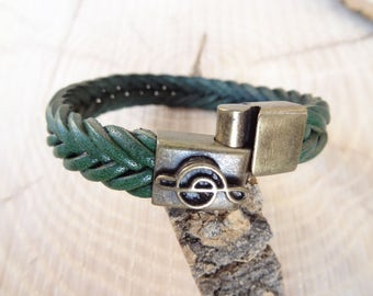 EXPRESS SHIPPING,Braided Leather Bracelet,Green High Quality Leather Bracelet,Music Note Bracelet,Bronze Magnetic Clasp,Father's Day Gift