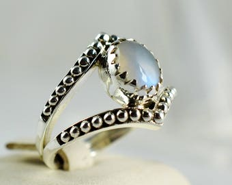 Rainbow Moonstone Ring ~ Rainbow Moonstone Silver Ring ~ 925 Solid Sterling Silver ~ Hand Made Designer Ring ~ Custom Sizes 3 to 14 (US)