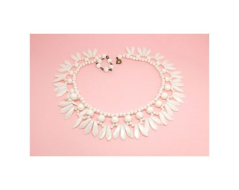 Vintage 1940s Necklace | Vintage Necklace | Choker | White Milk Glass Necklace | Collar Necklace | Bib Necklace | White Necklace