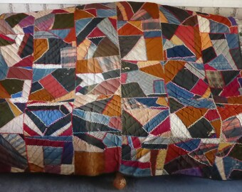 """Antique patchwork quilt - Hand quilted & embroidered - 87"""" X 66"""""""