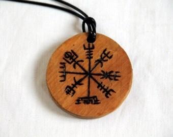 Wooden pendant, talisman necklace, viking amulet, viking compass, Vegvisir, lucky charm, fantasy, medieval, historical