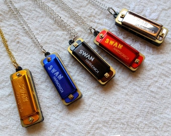 SWAN Miniature Harmonicas, 35mm, 4 Hole, Party Favors, In Tune Harmonica, Functional Musical Instrument, Charm, Pendant, READ DESCRIPTION