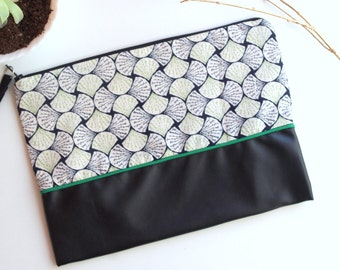 Pouch bag black and green style Japanese