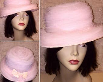 Vintage 1950s 1960s Pale Light Pink Tulle Netting Covered Hat with Bow Church Sunday Wedding Spring Summer Hat