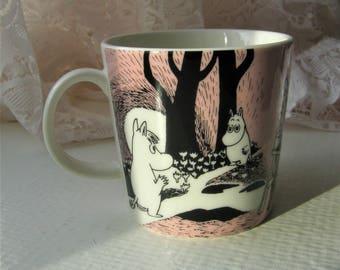 Arabia Moomin Mug: Love, Designed By Tove Slotte-Elevant For Arabia Finland In 1996