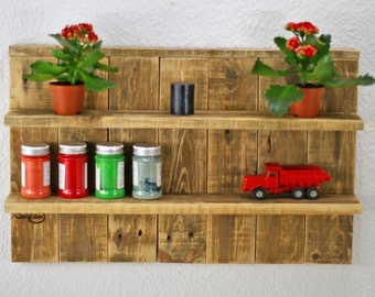 Upcycling rack of pallet wood, practical kitchen shelf