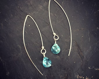 Apatite. earrings. Sterling silver. Marquise