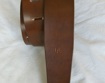 """handmade leather guitar strap made in France Urban Cam """" The 600 cappuccino"""""""