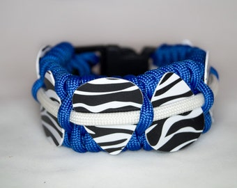 Blue and White Glow in the Dark Paracord Guitar Pick Holder