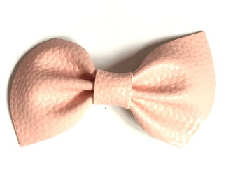 Leather Brooke Bow || Blush