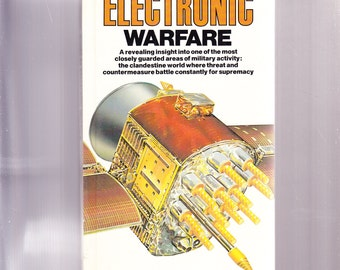 An Illustrated Guide to the Techniques and Equipment of Electronic Warfare 1985 Hardcover