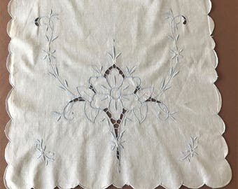 Vintage White Linen Table Runner With Blue Cut Work Embroidery, Cottage Chic Embroidered Table Runner, Linen Cut Work Embroidered Runner