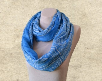 Boho scarf infinity, Blue womens scarf, Infinity loop scarf, Womens circle scarf, Infinity scarf, Spring scarves, Women's fabric scarf