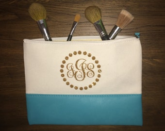 Personalized Canvas Cosmetic Bag // Monogrammed Cosmetic Bag // Cosmetic Bag with Name //12 x 9 inch // Zippered Bag // Beach Bag // Bridesm