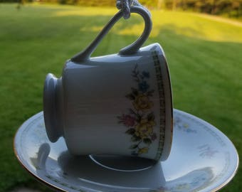 China tea cup bird feeder, porcelain,