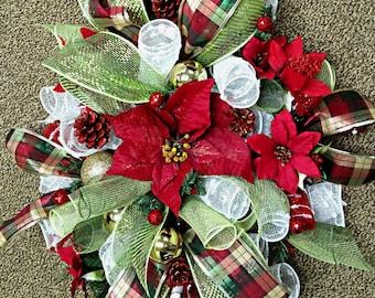 Plaid Christmas Centerpiece