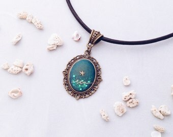 SEA marine pendant aquamarine green from deep ocean with golden shell and calligraphy handwritten with nib in gold ink