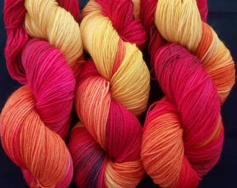 "100 g hand-dyed sock yarn ""Sunset"""