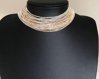 Beautiful gold diamanté strand choker