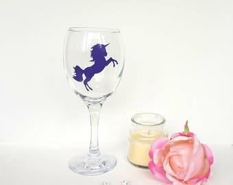 Unicorn wine glass, fantasy unicorn, gift for her, unicorn gift, mythical unicorn, wine o'clock, unicorn accessories, unicorn party