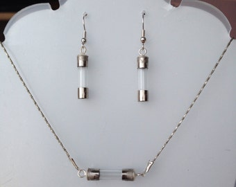 Fuse set (earrings + necklace)