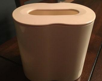 Tupperware vintage kleenex/tissue holder/dispenser