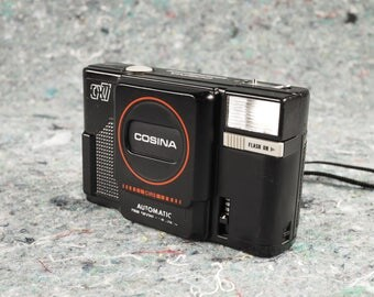 Cosina CX7 35mm Point and Shoot film Camera, fully functional, tested with film. Lomo lens!