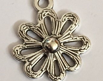 Daisy Flower Charms (10 Pieces)