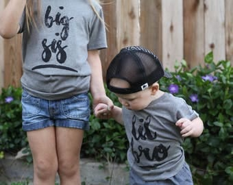 Big sister, big sis, lil sis, big sister shirt, big sister tee, trendy toddler, cute kids clothes, graphic tee, new baby, announcement
