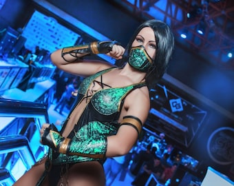 Jade cosplay costume from Mortal Kombat 9