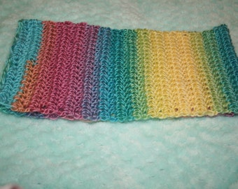 Short pastel rainbow cowl