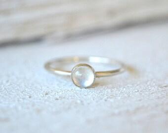 Moonstone Ring. Rainbow Moonstone Ring, Stacking Ring, Stackable Moonstone Ring, Silver Moonstone Ring, Dainty Ring, Small Gemstone Ring