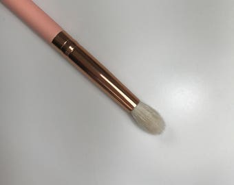 C03 - Round Crease Brush