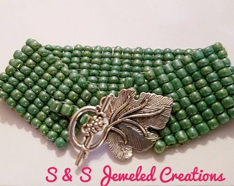 Light Green Seed Beaded Bracelet