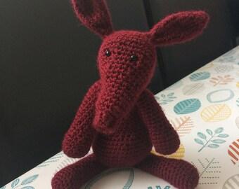 Crochet Larry the Aardvark