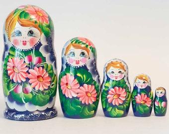 Nesting doll 5 pcs . Russian matryoshka. The original birthday and christmas gift. Handmade Dolls. Home Decor idea.