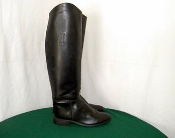 Vintage Sz 6 Tall Black leather Women 1980s Flat Equestrian riding boots.