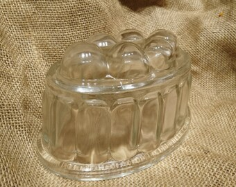 1930's jelly mold, jelly mould, vintage jelly mold, vintage glass jelly mold, jello mold, pudding form, vintage jelly mold