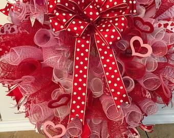 Valentine curly heart wreath. SALE STARTS 03/02/18