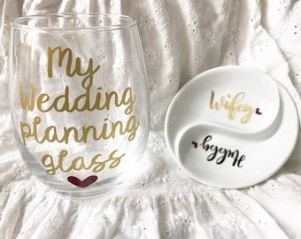Engagement ring dish, wedding planning wine glass, engagement gift for bride, bride to be gift, wifey jewelry holder, gift to bride from