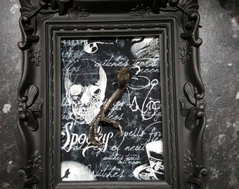 beautiful gothic picture frame