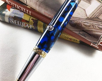 Custom Pen. The Majestic Squire. This pen is perfect for the working professional who needs a reliable, beautiful pen.