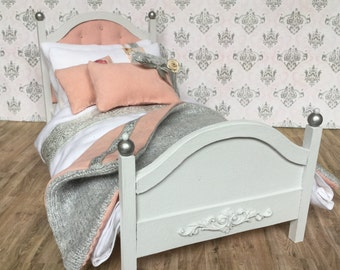 1:6 shabby chic bed for Blythe, Pullip, Barbie, Lati, Monster High or other 12 inch dolls