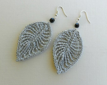 crochet leaf earrings