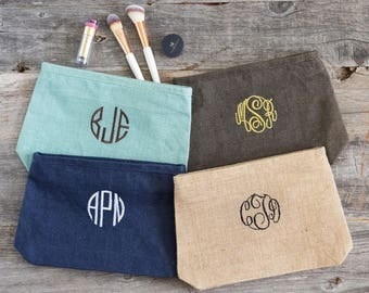 Personalized Bridesmaid Gift under 20, Custom Cosmetic Bags for Wedding, Bridal Party Gifts, Monogrammed Makeup Bags Burlap Bags, 517847848