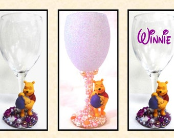 Winnie the Pooh Honey Pot Disney Inspired Glitter and Pearl Wine Glass ~ Decorative, Drinking or Personalised Drinking Glass