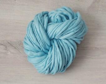 Art yarn Merino Wool, TTY, 150 g, Handspun effect yarn turquoise Merino Wool slub