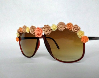 Embellished Sunglasses Brown Aviators with Neutral Flowers